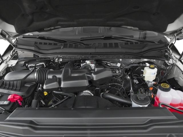 2018 Ford Super Duty F-250 SRW XL 4WD Reg Cab 8' Box - 17536439 - 11