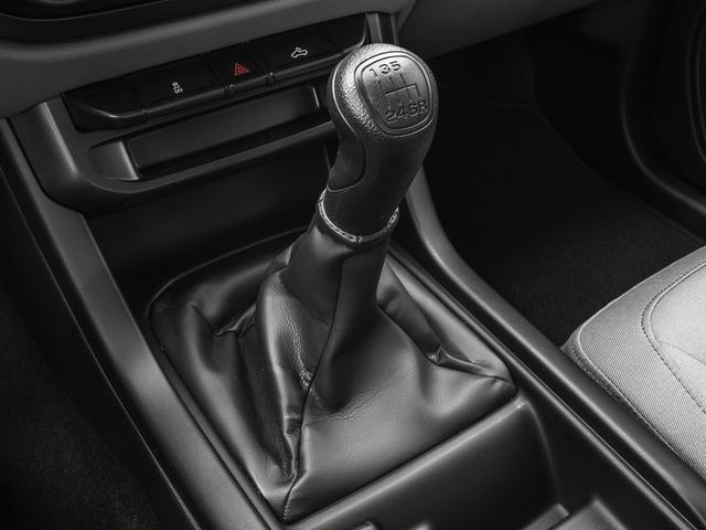 "2018 GMC Canyon 2WD Ext Cab 128.3"" - 17372647 - 9"