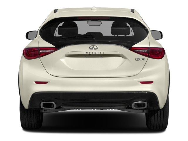 2018 INFINITI QX30 Luxury AWD - 16881625 - 4