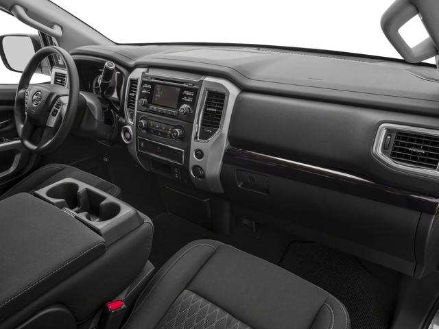 2018 Nissan Titan 4x4 Crew Cab SV - 17221241 - 14