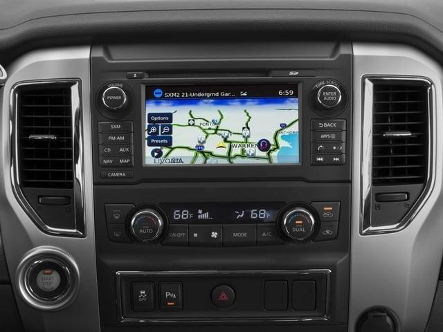 2018 Nissan Titan XD 4x4 Gas Crew Cab SV - 17340278 - 8