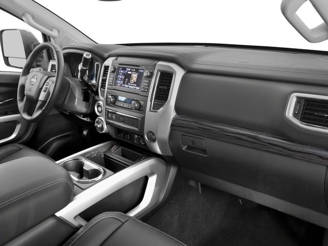 2018 Nissan Titan XD 4x4 Gas Crew Cab SL - 17221246 - 14