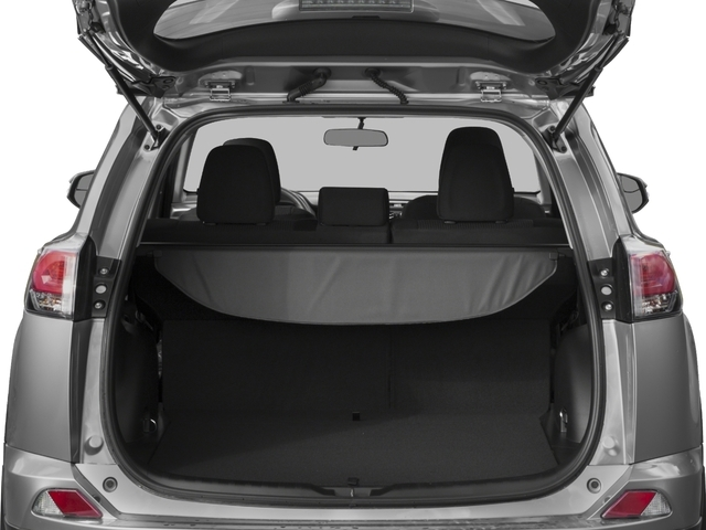 2018 Toyota RAV4 LE AWD - 17377427 - 10