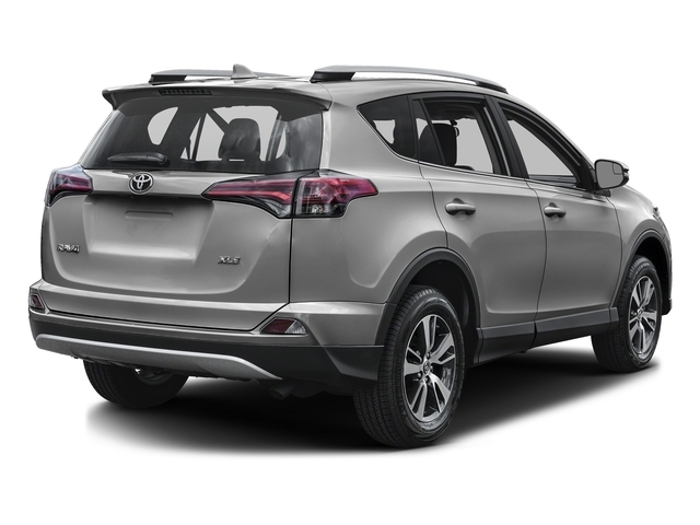 2018 Toyota RAV4 XLE AWD - 17384543 - 2