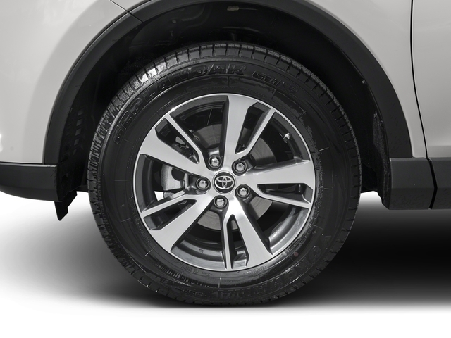2018 Toyota RAV4 XLE AWD - 17226068 - 9