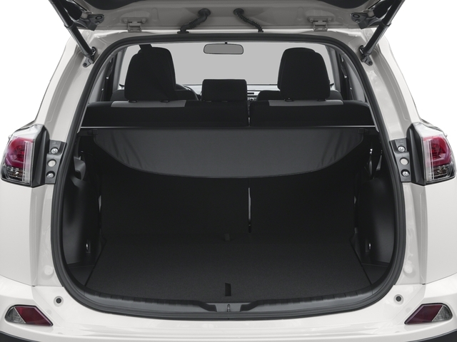 2018 Toyota RAV4 XLE AWD - 17226068 - 10