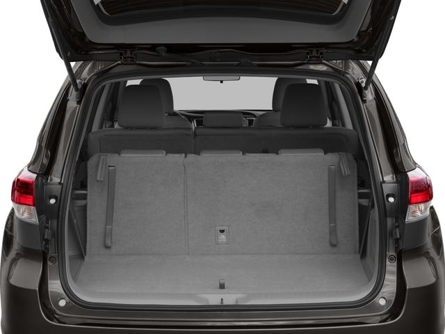 2018 Toyota Highlander LE Plus V6 AWD - 17055643 - 9