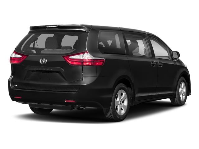 2018 Toyota Sienna L FWD 7-Passenger - 17314130 - 2