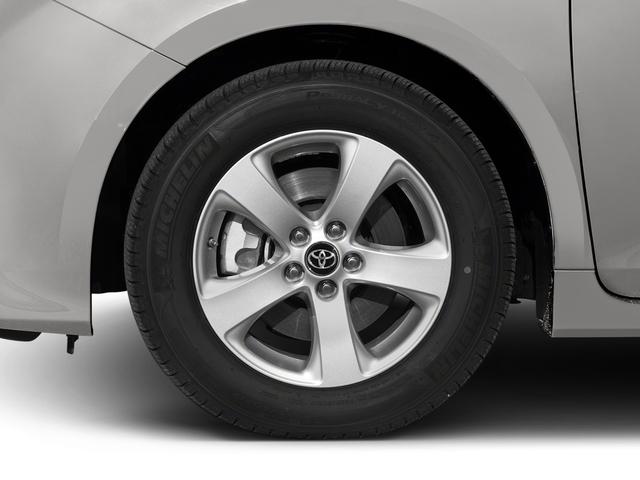 2018 Toyota Sienna L FWD 7-Passenger - 17853864 - 9
