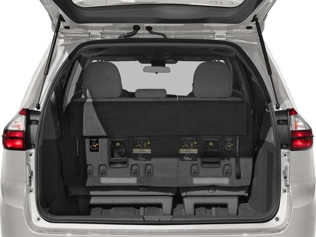 2018 Toyota Sienna L FWD 7-Passenger - 17314130 - 10