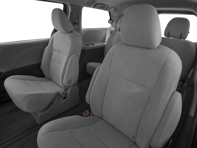2018 Toyota Sienna L FWD 7-Passenger - 17853864 - 12