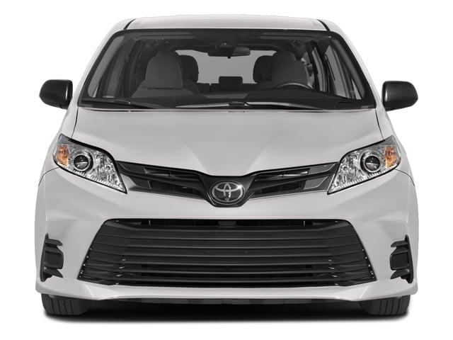 2018 Toyota Sienna L FWD 7-Passenger - 17853864 - 3