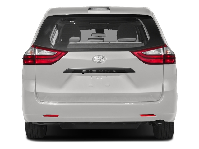 2018 Toyota Sienna L FWD 7-Passenger - 17853864 - 4