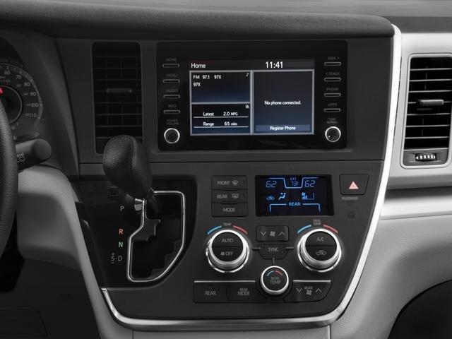 2018 Toyota Sienna L FWD 7-Passenger - 17853864 - 8