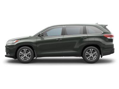 New 2019 Toyota Highlander LE Plus V6 AWD SUV